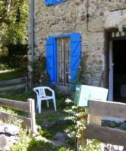 Walking holidays and mountain retreats in the Pyrenees