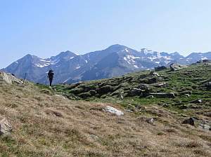 private hikes in the French, Andorran and Catalan PyreneesPyrenees