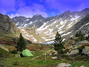 spirituality, awakening, hiking mountain retreats and meditation in the Pyrenees