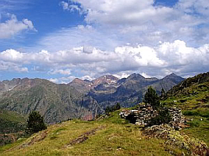 private hiking retreats in the Pyrenees