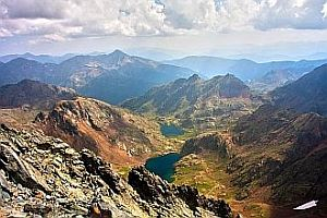Hillwalking and hiking in the Spanish Pyrenees mountains: down Pica d'Estats.
